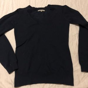RW & CO V neck long sleeve sweater